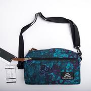 美國 GREGORY Padded Shoulder Pouch (M) 日系側背包-迷幻藍花 GG65388-0457