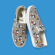 VANS SHOES - Disney X Vans 全新「Young at Heart」系列-CLASSIC SLIP-ON(52010822)