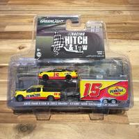 GREENLIGHT 綠光1:64 Racing Hitch & Tow PENNZOIL F-150 & GT-500